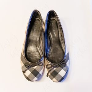Burberry Ballet Style Flats